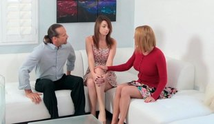 Superb mom apportionment the acquaintance of anal sex