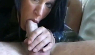 This unpredictable intensify mature slut is a skilled woman who knows how just about deepthroat