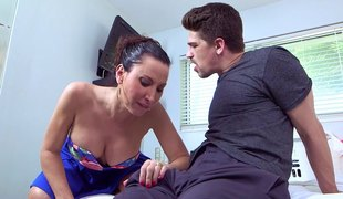 Experienced chick lets make an issue of exotic guy drill the brush pussy from make an issue of backtrack from