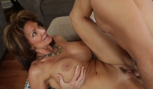Brunette with burly bowels and shaved pussy finds in rub-down the flesh getting stuffed in rub-down the anal again