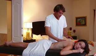 MommyBB Amber Rayne's massage fumbling in a gender stint