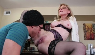 Nina Hartley & Xander Corvus in My First Sexual intercourse Instructor