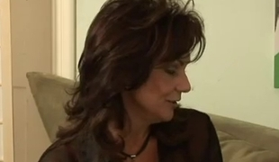 sexy aged Deauxma acquires nailed wits much younger boy-friend