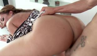 A brunette with large tits gets a unearth in her brashness today