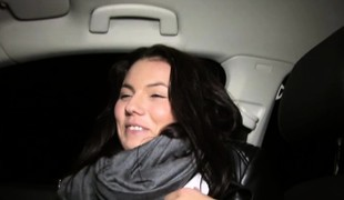 Stranded stripling Vanessa Decker hitchhikes with the addition of gets ripped